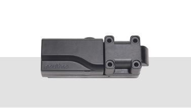 Electronic swing-handle latches